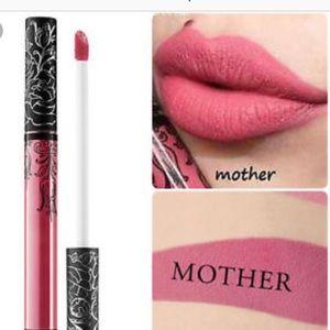 Kat Von D lipstick- great summer shade 💋💋